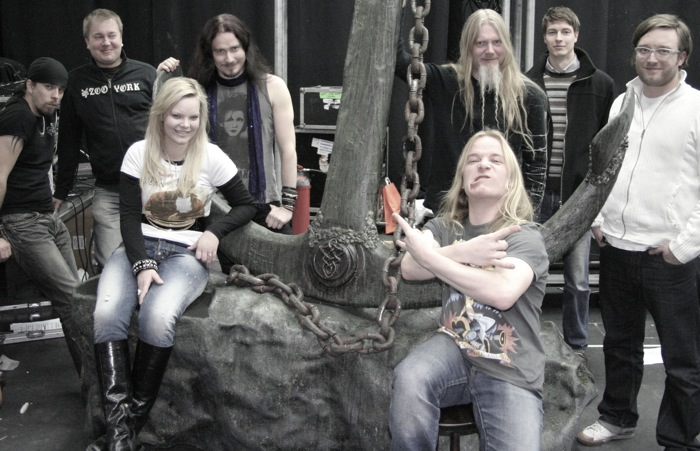 http://www.nightwish.jp/news/images/nightwish_veen_group_picture.jpg